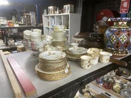 Sale 9101 - Lot 2358 - Collection of ceramics inc cups and saucers and other wares