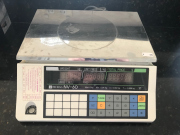 Sale 8677B - Lot 692 - A set of digital scales model NV60 Ishida co ltd (max 6kgs)