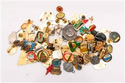 Sale 9104 - Lot 61 - A large collection of mostly Australian badges