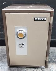 Sale 8967 - Lot 1090A - Small Office Safe, key available (H:52 W:40 D:34cm)