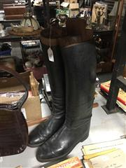 Sale 8765 - Lot 1028 - Pair of Ladies Riding Boots with Trees, approx size 8 womens