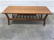 Sale 9092 - Lot 1045 - Vintage teak coffee table with singe drawer (h:43 x w:121 x d:48cm)