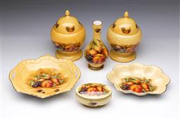 Sale 9093 - Lot 74 - A Suite of Aynsley Orchard Gold Ceramics