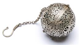 Sale 9164 - Lot 291 - A silver Chinese ball form sachet