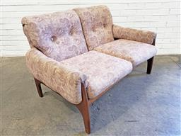 Sale 9102 - Lot 1238 - Teak framed 2 seater lounge with floral upholstered cushions (H:82 W:130 D:55cm)