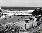 Sale 8721A - Lot 61 - Werner Bartel - Tamarama Beach, NSW 1977 17 x 22cm