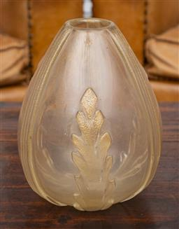 Sale 9160H - Lot 135 - A Venetian hand blown art glass vase with aventurine inclusions, Height 23cm