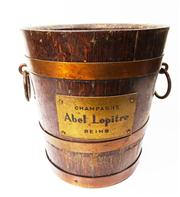 Sale 8828B - Lot 70 - Early C20th French oak and copper bucket by Adel lepitre. Height 22 cm