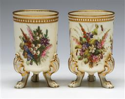 Sale 9138 - Lot 163 - Pair of Early Worcester Vases on Tri Feet (H:11cm)