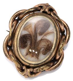Sale 9124 - Lot 442 - AN ANTIQUE SPINNING HAIR LOCKET; plaited gilt frame with rotating locket compartment one side set with tresses of hair, other side e...