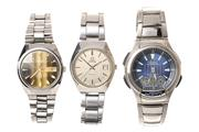 Sale 8547 - Lot 515 - THREE ASSORTED GENTS WATCHES; a Casio digital analogue quartz wristwatch, ref; 3793 with instructions, a Titus 17 jewell automatic...