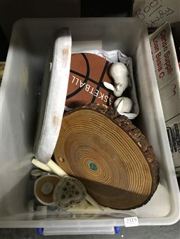 Sale 9101 - Lot 2315 - Tub of sundries inc cooler bag, turtle beach headphones, Everlast skipping rope, ceramic rabbits, candles and others