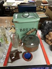 Sale 8759 - Lot 2381 - Collection of Sundries incl Pump Perfume Bottle, Soda Syphon, Copper Kettle, German Aktiengesellschsft Metrawatt in Original Case etc
