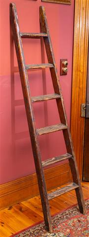 Sale 8625A - Lot 48 - A vintage timber library ladder, height 190cm.