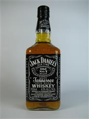Sale 8340A - Lot 984 - 1x Jack Daniels Old No.7 Tennessee Whiskey - 43% ABV, 700ml