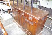 Sale 8093 - Lot 1514 - Edwardian Carved Walnut Mirrored Back Sideboard w 2 Drawers & 2 Doors