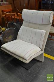 Sale 8566 - Lot 1081 - Vintage Saporiti Italia Lounge Chair