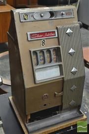 Sale 8326 - Lot 1067 - Vintage Silver Jubilee Gaming Machine