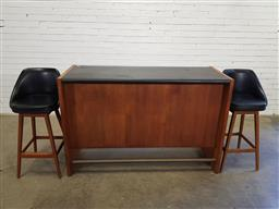 Sale 9171 - Lot 1088 - Parker bar unit with fitted drawer wine rack and 2 original stools (h:99 w:152 d:56cm)
