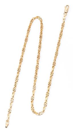 Sale 9182 - Lot 313 - A 9CT GOLD FANCY LINK CHAIN; 3.5mm wide chain to parrot clasp, length 43cm, wt. 8.94g.