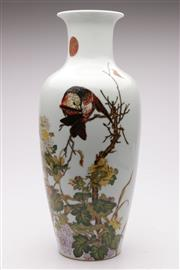 Sale 9064 - Lot 57 - A Chinese Bird And Flower themed Vase H:45cm