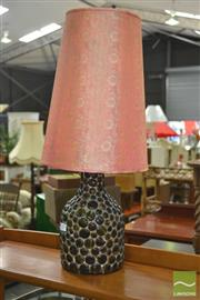 Sale 8257 - Lot 1043 - Retro Amber Decorated Glass Bottle Table Lamp
