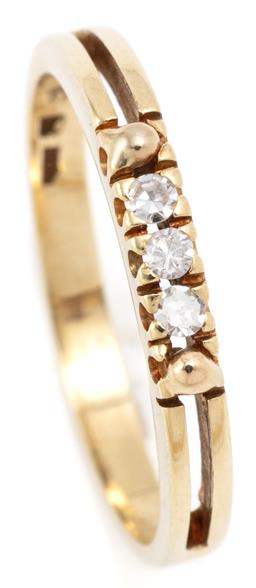 Sale 9128J - Lot 41 - A 14CT GOLD DIAMOND RING; set between 2 bands with 3 single cut diamonds, size O1/2, width 2.6mm, wt. 2.16g.