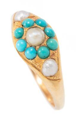 Sale 9182 - Lot 383 - AN ANTIQUE 15CT GOLD TURQUOISE AND PEARL RING; set with a river pearl and turquoise bead cluster flanked by 2 futher pearls, width 7...