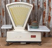 "Sale 9060H - Lot 7 - A set of French commercial food scales bt Precision Commerciale ""balance type 41"" width 58cm together with weights."