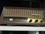 Sale 8648A - Lot 95 - Kriesler Radio
