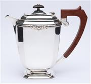 Sale 8912H - Lot 52 - George VI silver coffee pot, hallmarked JB Chatterley and Sons Ltd, weight 700 gms, Height 21 x Width 13cm