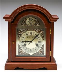 Sale 9253 - Lot 108 - A dome cased clock marked elite (H:37cm, untested, no key)