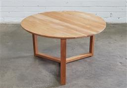 Sale 9151 - Lot 1335 - Round modern timber sidetable (h46 x d80cm)