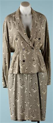 Sale 9090F - Lot 110 - A VINTAGE SAMANTHA TWO PIECE SUIT; double breasted jacket, skirt with two pockets and belt loops, Modele Depose made in France, 10...