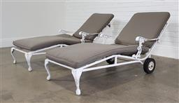 Sale 9255 - Lot 1456 - Pair of metal sun beds with loose cushions (h:80 x w:66 x w:161cm)