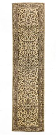 Sale 8770C - Lot 92 - A Persian Kashan From Isfahan Region 100% Wool Pile On Cotton Foundation, 400 x 100cm