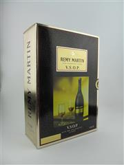 Sale 8353 - Lot 616 - 1x Remy Martin VSOP Cognac - old bottling in gift box with glasses