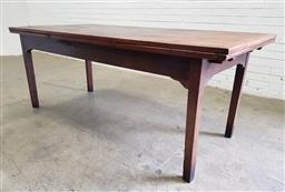 Sale 9097 - Lot 1083 - French Style Oak Farmhouse Extension Dining Table, with draw-leaves and tapering legs (h:78  x w:194 x d:90cm)
