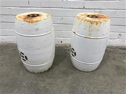 Sale 9102 - Lot 1287 - Pair of white drum stools (h: 50 x d: 25cm)