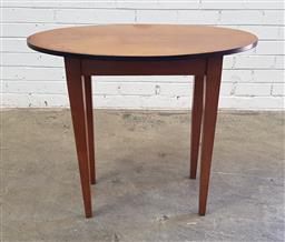 Sale 9129 - Lot 1099 - Timber oval occasional table (h:68 x w:40 x d:79cm)