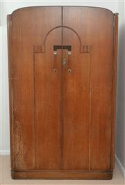 Sale 9066H - Lot 59 - An art deco in oak gentlemans travelling and compactum wardrobe by Shepherd and Hedger. With key. Furnishers to the Queen Mary H 19...