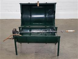 Sale 9210 - Lot 1089 - Battery operated metal drum rotisserie (h53 x w107 x d39cm)