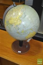 Sale 8275 - Lot 1091 - Light Up Globe