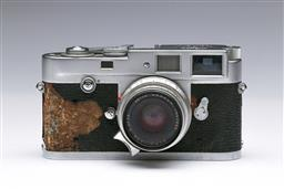 Sale 9093 - Lot 21 - A Leica M2 Camera, Fitted With Summicron Lens (1:2/35)
