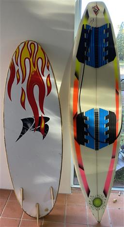 Sale 9190H - Lot 478 - Two Surf Boards, Height of each 162 and 192cm