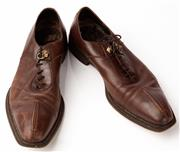 Sale 9080F - Lot 29 - A PAIR OF CESARE PACIOTTI LEATHER LACE UP MENS SHOES; made in Italy comes in box with dust bag, size mens 8