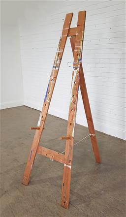 Sale 9255 - Lot 1119 - Timber artist easel (h:210 x w:74cm)