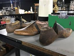 Sale 9101 - Lot 2216A - Set of 3 vintage timber shoe lasts