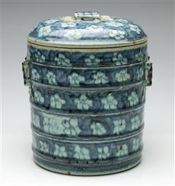 Sale 9190 - Lot 55 - A Chinese blue and white layered effect lidded vessel (H:25cm)