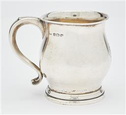 Sale 9085S - Lot 21 - George V Sterling Silver christening mug, hallmarked Birmingham 1921, maker E.S.B, weight 77gm, height 7.5cm